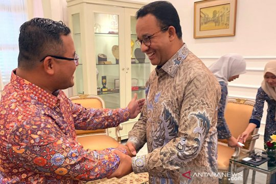 Menteri Besar Selangor doakan Anies Baswedan segera sembuh