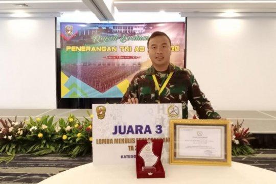 Kapendam XVII/Cenderawasih juara III lomba esai penerangan TNI AD