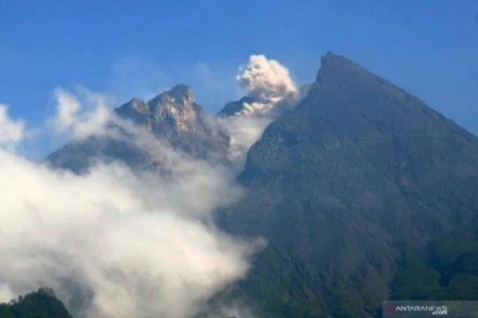 Gunung Merapi mengalami 46 kali gempa guguran