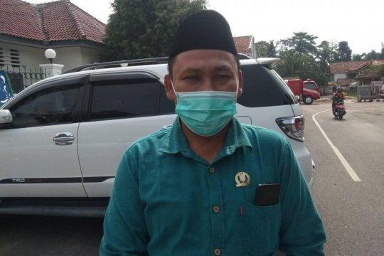 Legislatif Lebak surati Presiden Jokowi tolak tambang pasir emas