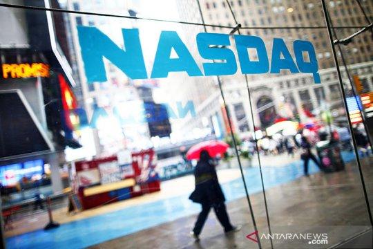 Wall Street melonjak, S&P 500 dan Nasdaq berakhir di rekor tertinggi