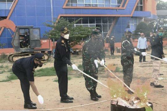 Bea Cukai Karimun memusnahkan BMN senilai Rp1,5 miliar