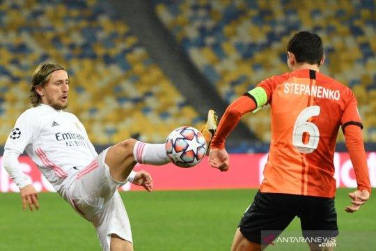 Real Madrid perpanjang kontrak Luka Modric hingga 2022