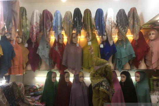 Jangan terulang, wajib jilbab bagi non-Muslim