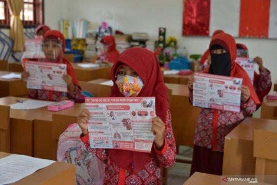 Peluncuran gerakan masker sekolah di Aceh