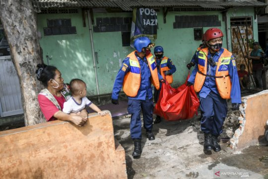 Simulasi kampung siaga bencana
