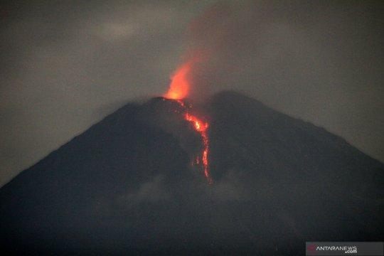 Erupsi Gunung Semeru di tengah pandemi COVID-19