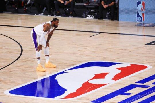 LeBron James teken kontrak dua tahun di Lakers