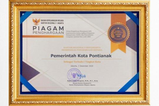 Terbaik pertama, Pemkot Pontianak sabet penghargaan BKN Regional V
