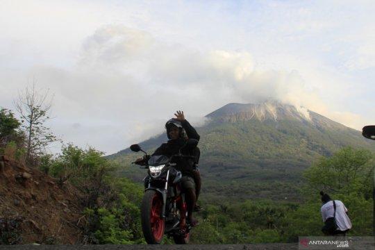 Waspadai lahar dingin dari Gunung Ili Lewotolok saat hujan lebat
