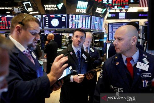 Wall Street menguat, S&P 500 ditutup di atas 4.000 untuk pertama kali