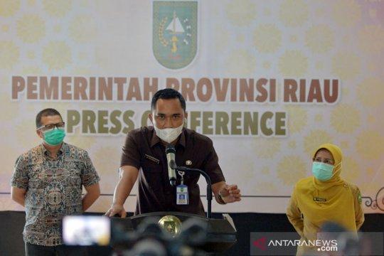 Gubernur Riau dan istri positif COVID-19 dipantau 11 dokter