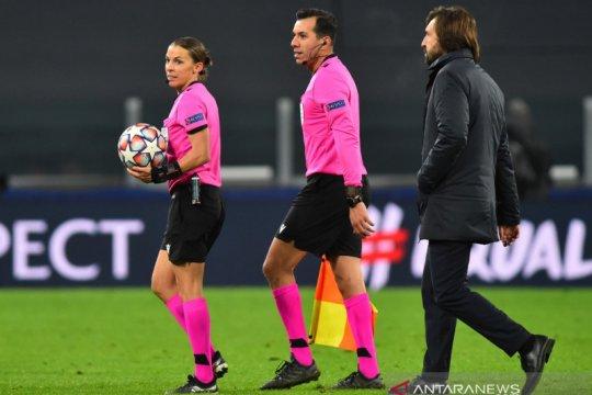 Stephanie Frappart akan jadi wasit perempuan pertama di Euro 2020