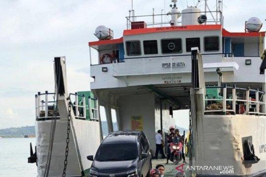 Penumpang kapal feri Batulicin-Tanjung Serdang relatif sepi