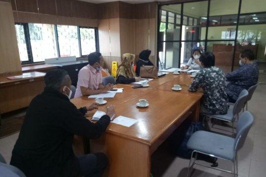 DPRD - Dinas Koperasi siap cari solusi pedagang Rasuna Jakarta