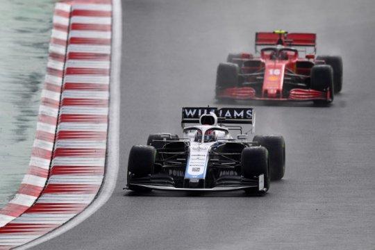 Leclerc prediksi Russell bisa menang saat gunakan mobil Hamilton