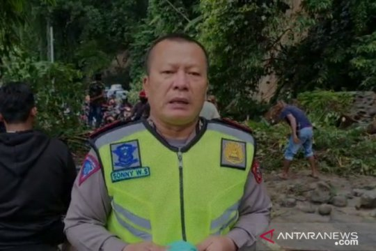 Akses jalan Medan-Berastagi terputus dampak 20 titik longsor