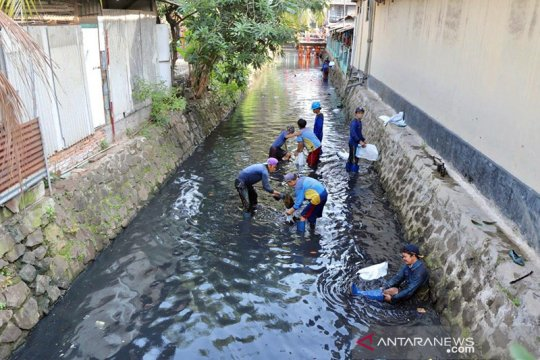 Warga Jakarta Utara diimbau tidak panik jika terjadi banjir