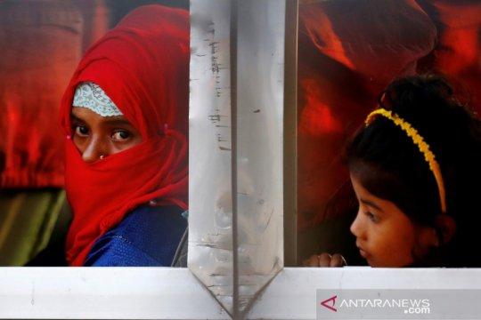 Warga Rohingya keluhkan kondisi di pulau terpencil Bangladesh