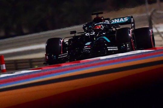 Debut dengan Mercedes, Russell tercepat di FP1 Grand Prix Sakhir