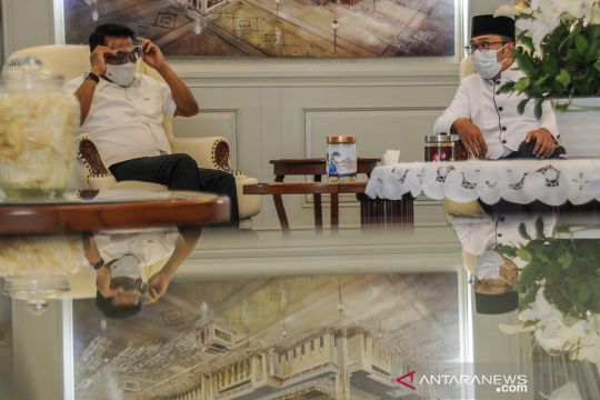 Moeldoko bertemu Ridwan Kamil bahas penanganan COVID-19