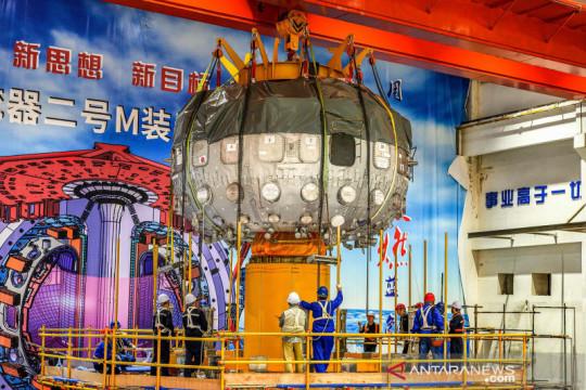 """China mulai operasikan """"matahari buatan"""" generasi baru"""