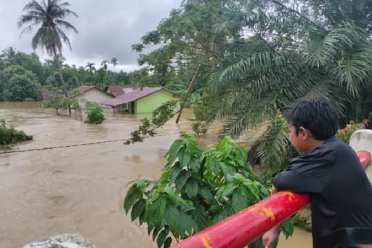 Ketinggian banjir 1,5 meter di Aceh Utara rendam rumah dan lahan warga