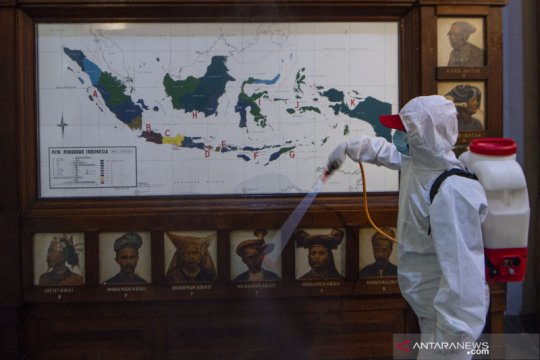Kasus positif COVID-19 Jakarta bertambah sebanyak 1.360 pada Sabtu