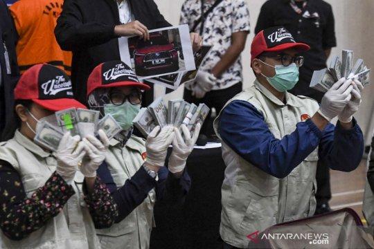 Sepekan, tuntutan Djoko Tjandra hingga Mensos tersangka korupsi