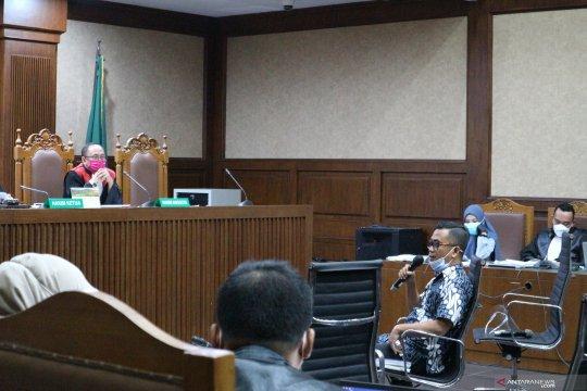 Saksi: Jaksa Pinangki dekat dengan Djoko Tjandra