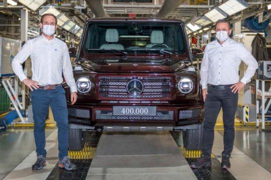 """Mercedes-Benz produksi ikon """"off-road"""" G-Class ke-400.000"""