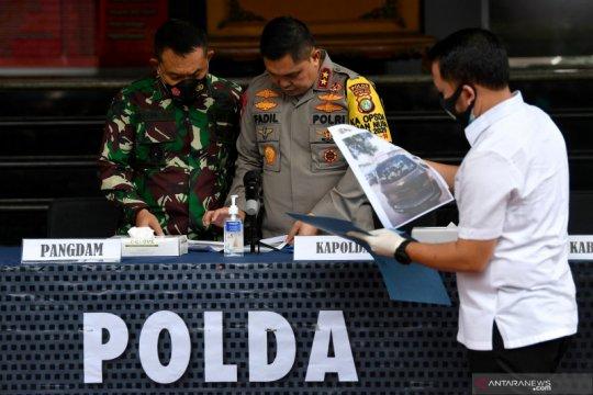Kemarin, pengikut Rizieq ditembak mati hingga banjir di Jakarta