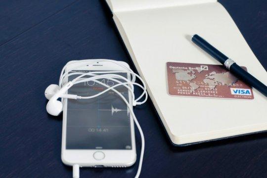 Pembayaran digital dan logistik jadi trend e-commerce 2021