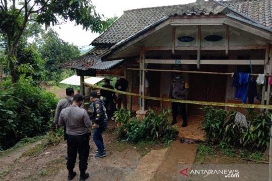Polisi selidiki perempuan paruh baya tewas disekap di Bandung
