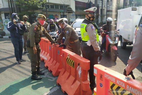 23 titik jalan dibuka-tutup saat PSBB proporsional di Bandung