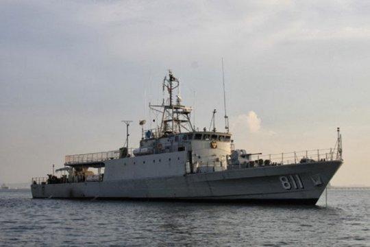 KRI Kakap-881 disiagakan di Teluk Manado