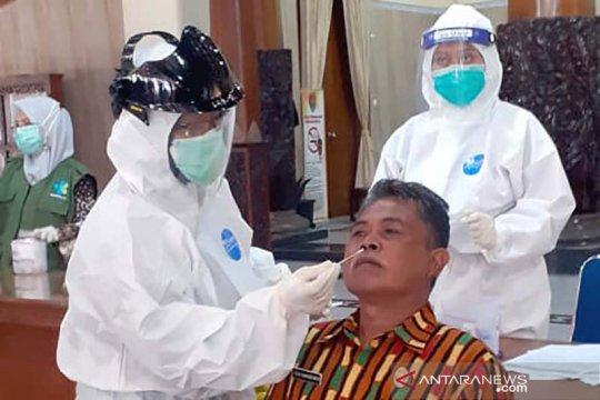 ASN di Cilacap jalani pemeriksaan setelah Bupati positif COVID-19