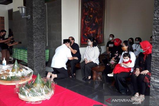 Seskab Pramono ingatkan anaknya untuk jauhi korupsi