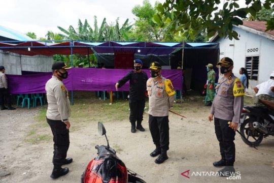 Kepala Polda NTT tinjau proses pemungutan suara di Sumba Timur