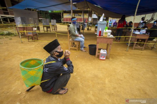 Pemungutan suara Pilkada di desa terpencil