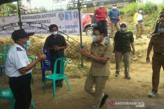 Bupati Sigi semangati keluarga korban teroris di Desa Lembantongoa