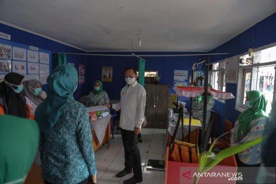 Wali Kota Bogor dampingi Tim P2WKSS Jabar kunjungi Kampung Cikeas