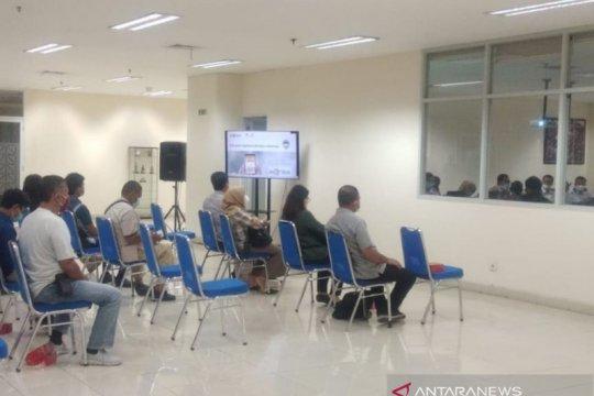 Terminal Pulogebang berlakukan transaksi tiket via ponsel pintar
