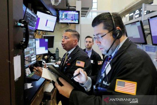 Wall Street ditutup melemah terseret penurunan saham bank dan energi