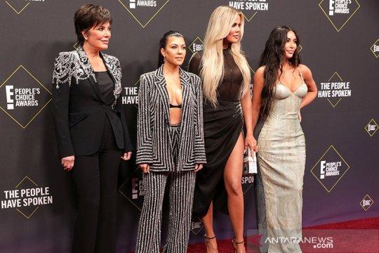 Keluarga Kardashian kembali ke televisi, buat kesepakatan dengan Hulu
