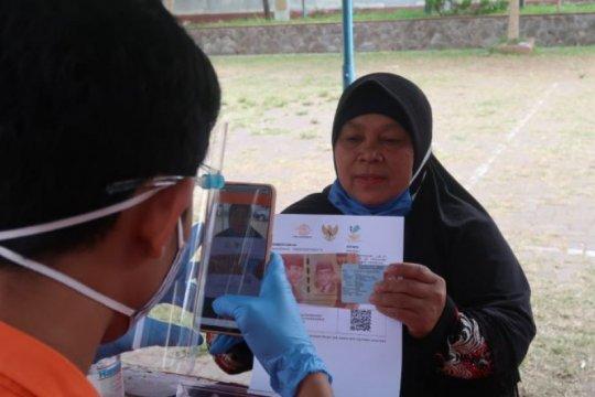 PT Pos Indonesia salurkan BST di lokasi dekat dengan masyarakat