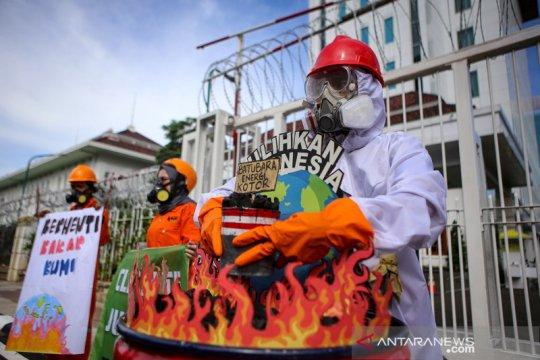 Aksi menolak pembangunan PLTU Batubara
