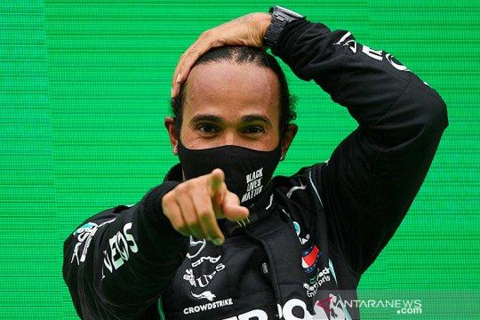 Hamilton punya waktu hingga tes pramusim untuk teken kontrak Mercedes