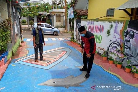 Kelurahan Lenteng Agung sambut Hari Ibu dengan lomba mural