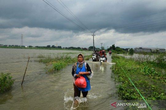 Hujan lebat berpotensi meliputi sebagian wilayah Indonesia
